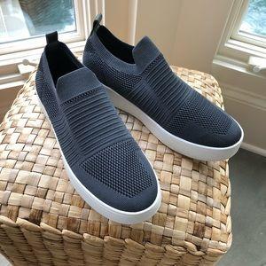 4a35b46451f Steve Madden Shoes - Steve Madden Beale sneakers